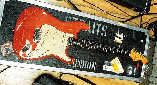 The 68354 Strat - In the early 90ies the finish was damaged