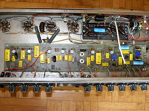 Note the solid state circuit board for the pre amp and the point-to-point wired small board for the power amp