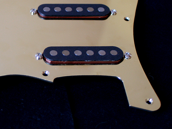 MK-Guitar com presents: Loaded Schecter F400-style pickguard
