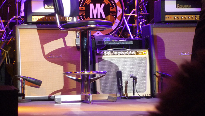 A new Tone King Imperial (black tolex instead of turquoise), and new Marshall cabinets