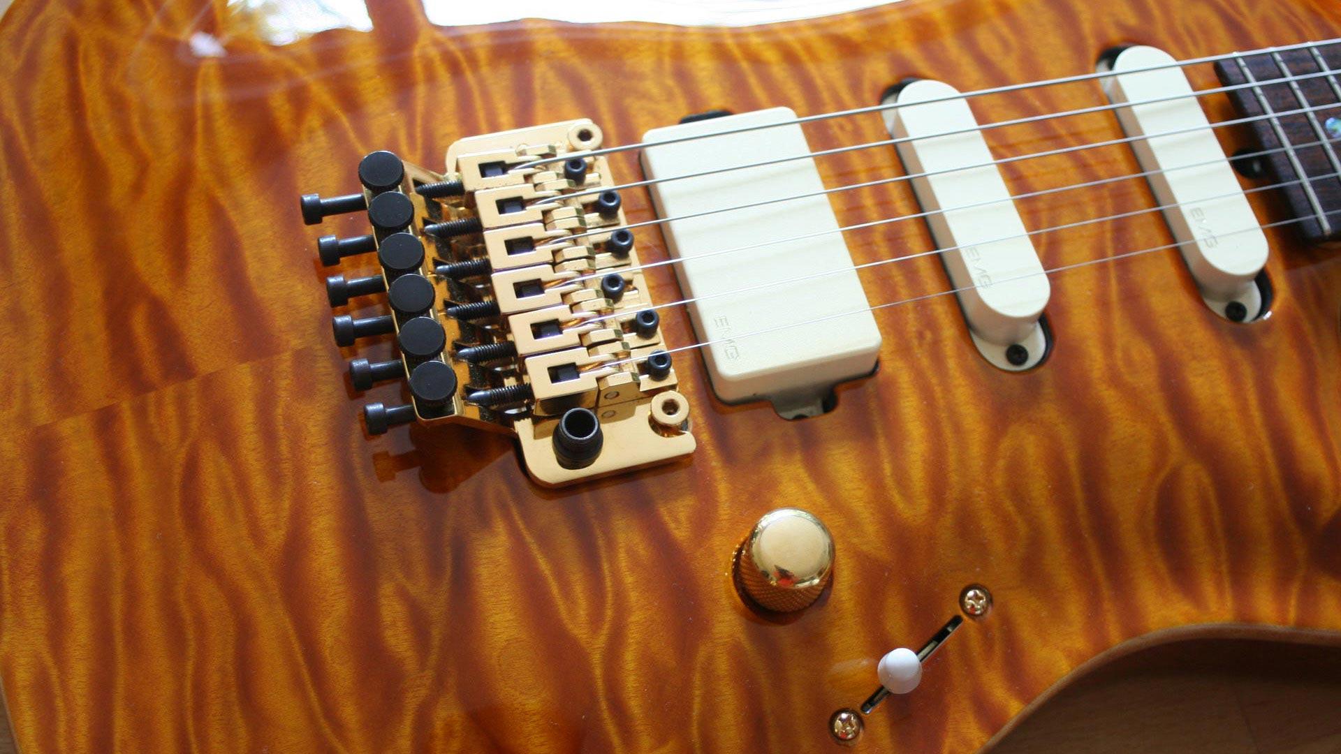 Mark Knopfler Guitar Website